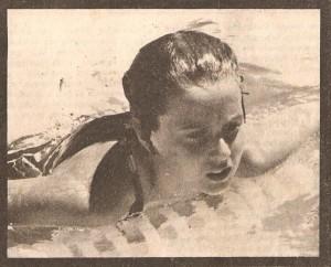 Glaucia Lunkmoss, finalista nas provas de costas