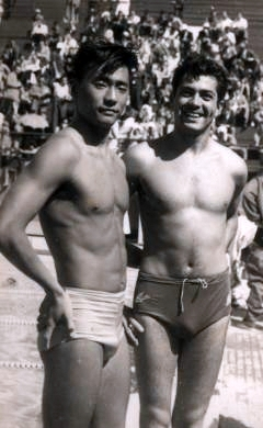 Tetsuo Okamoto e seu maior rival na época, o mexicano Tonatiuh Gutiérrez, no Pan-Americano de Buenos Aires em 1951.