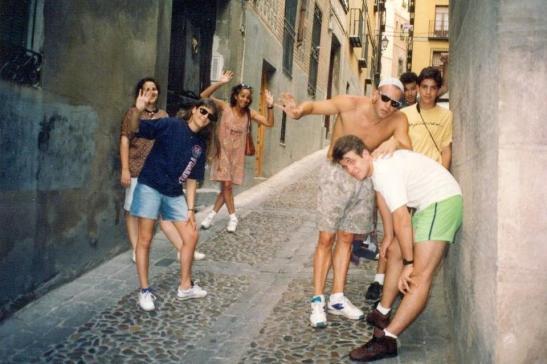 Magda, filhos e a amiga Roberta Storelli reunidos em Barcelona para torcer pelo Olímpico Castor.