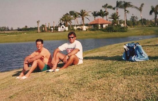 Eu e Léo em maio de 1988 durante o Sundown Swim to Seoul em Mision Bay, Florida.