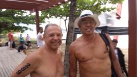 Velhos amigos das piscinas se encontram na travessia.