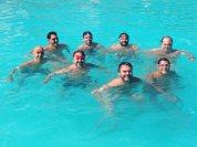 Quem caiu pra nadar na 'velha' piscina...