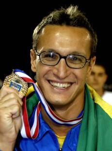 Depois de 12 anos, Rogério Romero volta a subir no degrau mais alto em Santo Domingo.