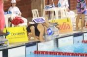 Larissa Oliveira antes de ganhar os 100 livre