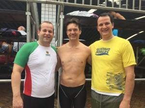 Beto, Fausto e eu. Juntos na piscina, após 30 anos