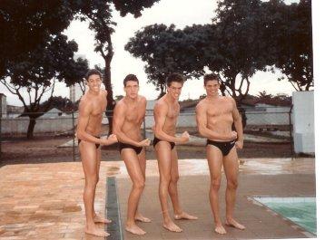 Gustavo, Mané, Hawilla e Santinho, circa 1989. Foto que peguei no Facebook do Gustavo.