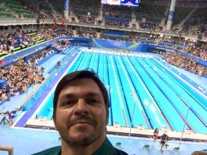 1ª foto na piscina