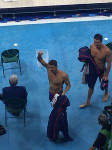 Phelps com ouro no 4x100 Livre