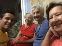 Visita as tias avós, felizonas!