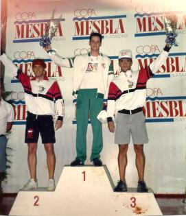 Bi-campeão dos 50m livre